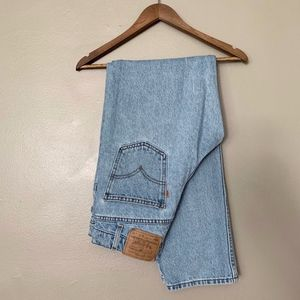 Levi's Orange Tab High Waist Mom Jeans Relaxed 550